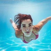 Apnée: comment progresser et retenir son souffle plus longtemps sous l'eau?