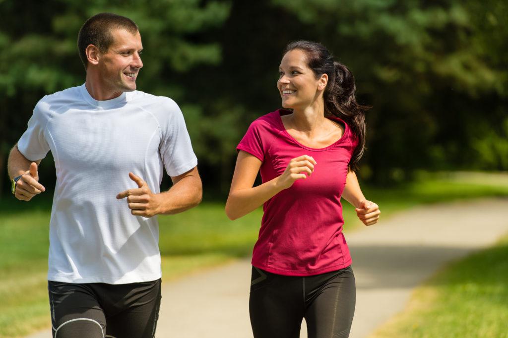 Comment améliorer son endurance au lit grâce à la course à pied