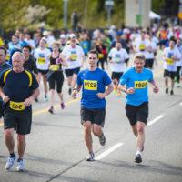 Courir 10 km: quels sont les bienfaits et combien de calories ça brûle?