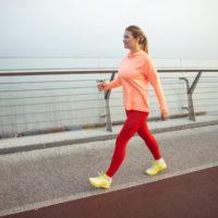 Courir lentement ou marcher vite: que faut-il choisir?
