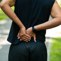 Courir quand on a mal au dos? Attention aux blessures!