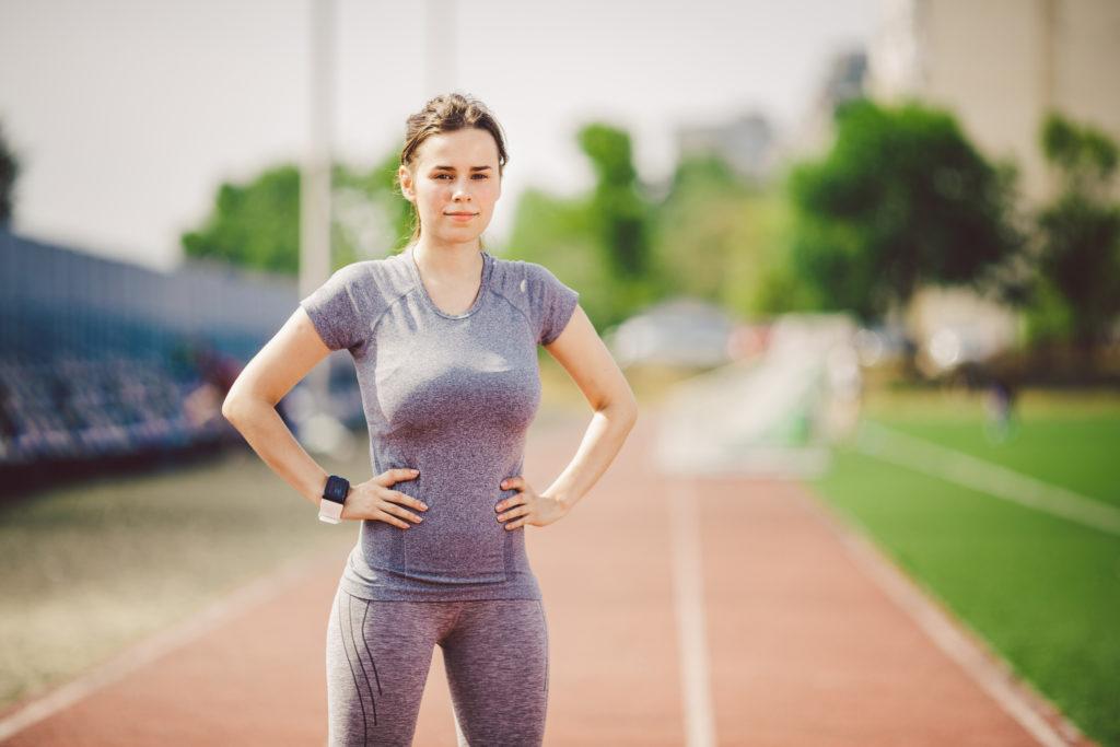 Course à pied et prothèses mammairescomment courir avec une grosse poitrine