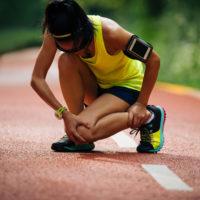 Crampe pendant la course à pied: significations et solutions?