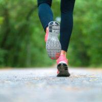 Est-ce que courir permet véritablement de bien dormir?