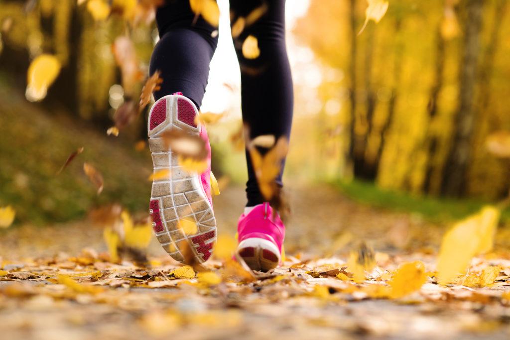 Faut-il courir lentement avant de courir plus vite et plus longtemps