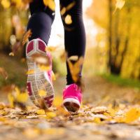 Faut-il courir lentement avant de courir plus vite et plus longtemps?