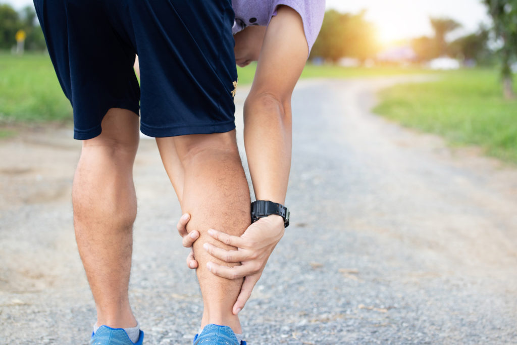 Raideur aux jambes et aux mollets pendant la course à piedque faire