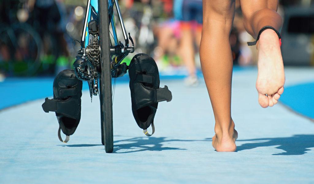 Triathloncomment s'entraîner pour progresser aux 3 épreuves